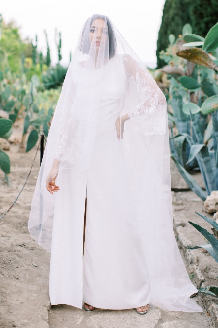 CATHEDRAL DOUBLE VEIL